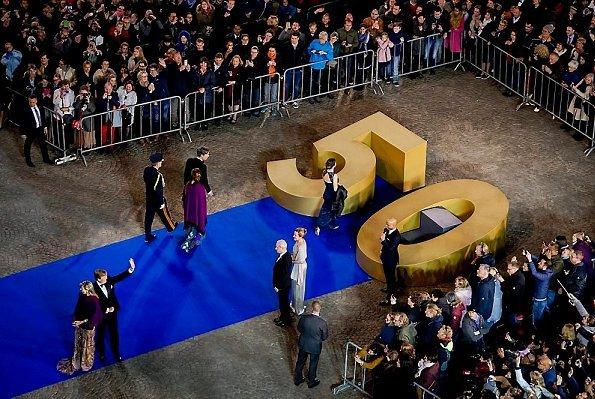 Koning-Willem-Alexander-50jaar-logo-02